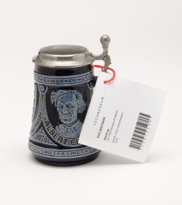 "Inventory card on a ""Einstein Beer Tankard,"" one of about 100 examples in the collections. A special exhibit on the topic ""Beer"" will appear at the TECHNOSEUM in 2016. TECHNOSEUM; photo Hans Bleh"